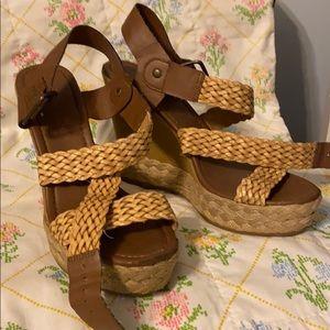 brown wedges